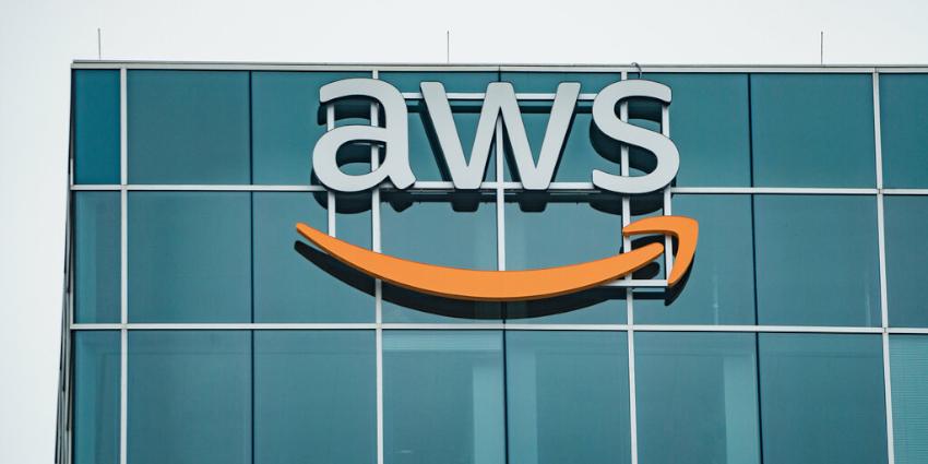 AWS Reports Weak Q3, Stocks Take Dive